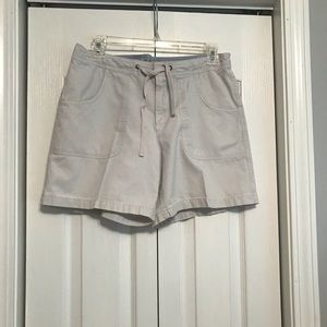 Old navy size 8 women's shorts